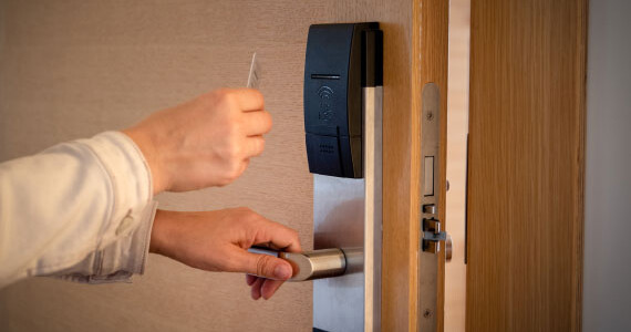 Affordable-Keyless-Entry-System-Services-for-the-St.-Louis-Area