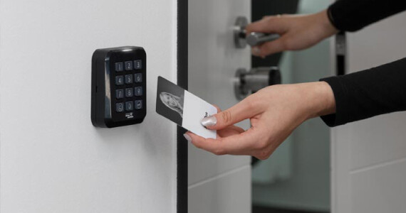 Electronic-Key-Locksmith-for-Your-St.-Louis-Property