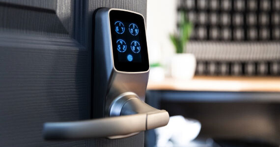Install-The-Latest-Security-Systems-With-an-Affordable-Team-of-Master-Locksmiths
